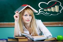 Studienkredit: Diese Möglichkeiten haben studierende Ihr Studium zu finanzieren.