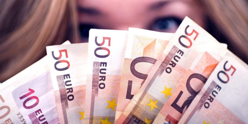 10 Tipps wie Du nebenbei Geld verdienen kannst