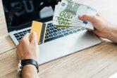 Vorteile und Nachteile: Kreditkarte statt Mikrokredit?